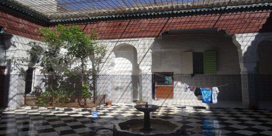 maison 5 pièces 320 m²