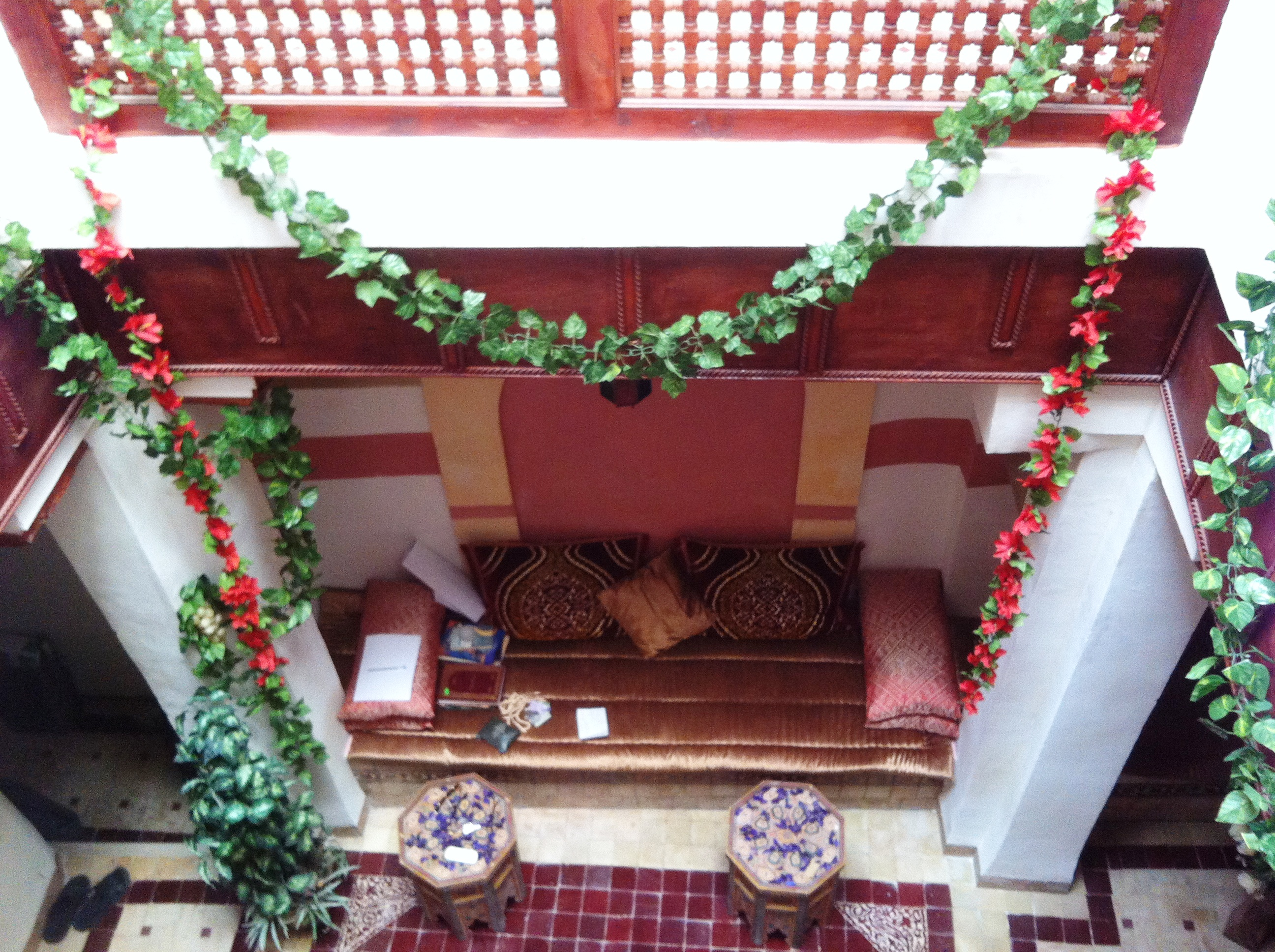 Maison titrée et meublée à vendre