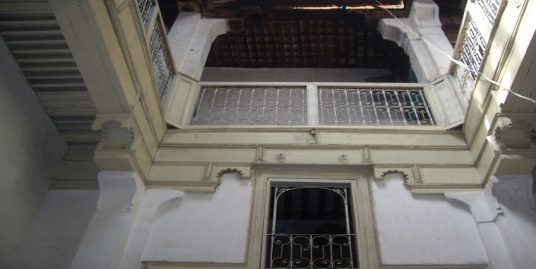 Maison titrée avec deux étages