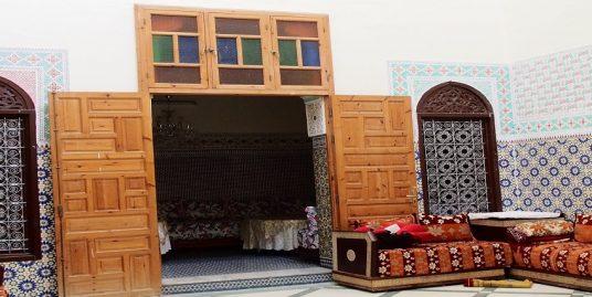maison traditionnelle bien située
