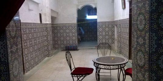 Maison traditionnelle de 5 chambres