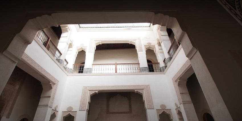 Maison traditionnelle en cours de finition avec très belle structure