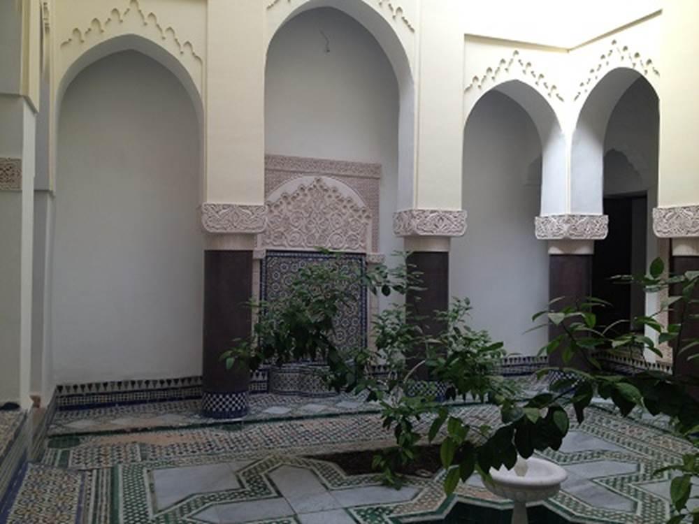 superbe Riad titré entièrement rénové