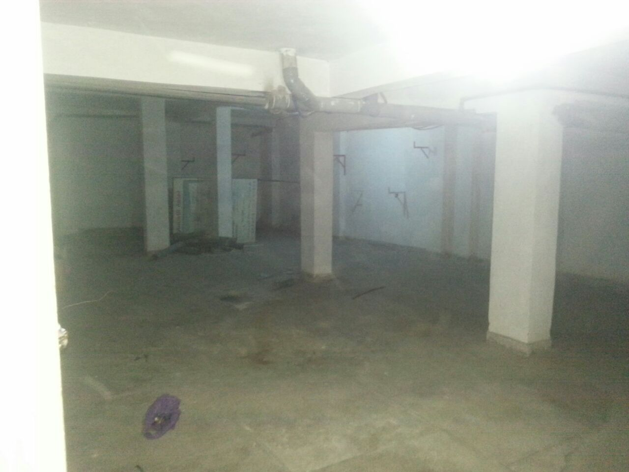 Magasin à vendre et à louer de 120 m²