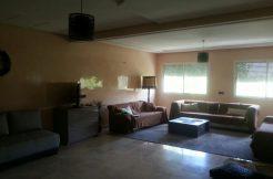 Appartement meublé avec trois chambres à louer