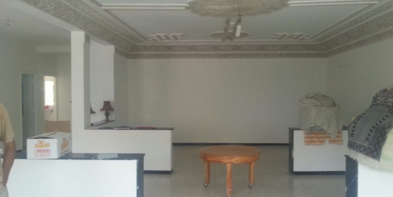 Appartement 1er étage à vendre et  louer