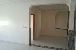 Appartement au 2éme étage à vendre au centre ville