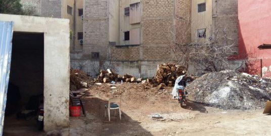 lot terrain avec des constructions à vendre