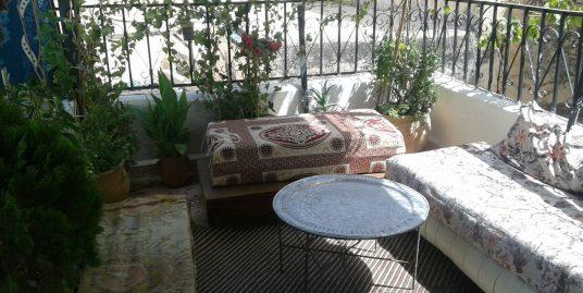 Mesriya avec une belle terrasse  a