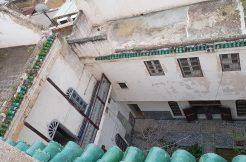 maison traditionnelle avec 10 chambres à vendre