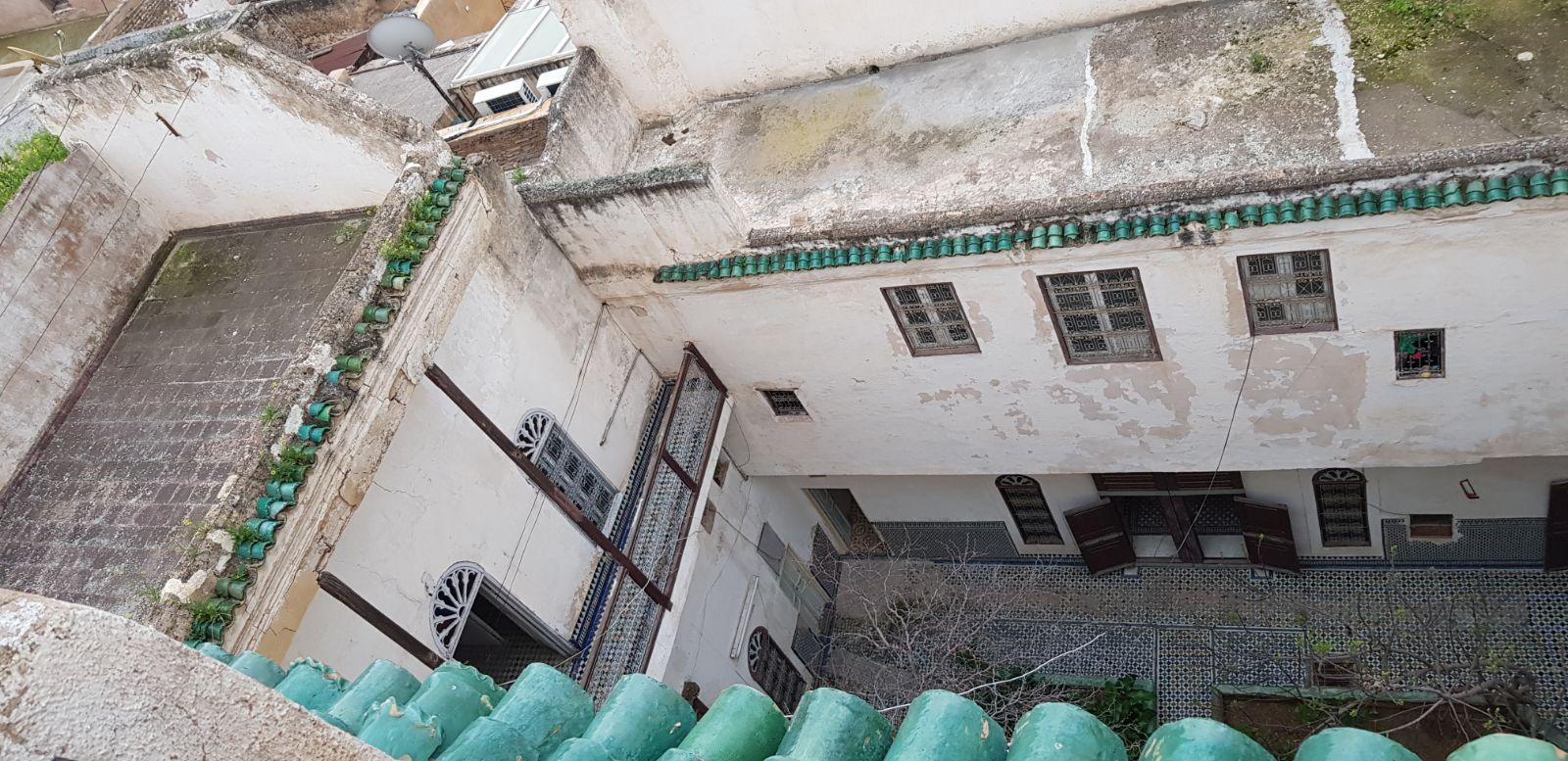 maison traditionnelle avec 2 Jardins et 2 entrées