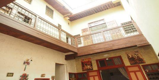 Maison traditionnelle bien située à vendre
