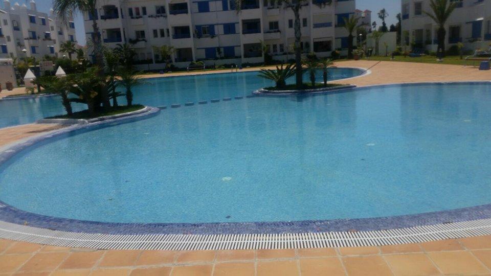 belle Appartement avec deux piscines a Titouan