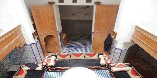Maison traditionnelle assez rénovée à vendre