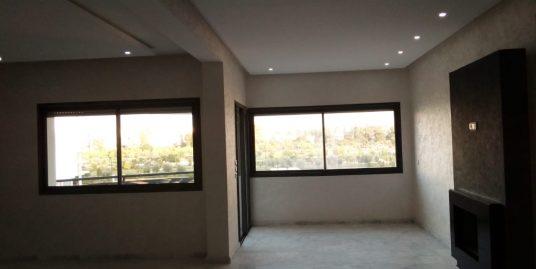 des appartements dans le même immeuble avec même caractéristiques  à vendre