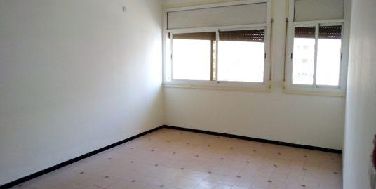 Appartement à louer au 5éme étage
