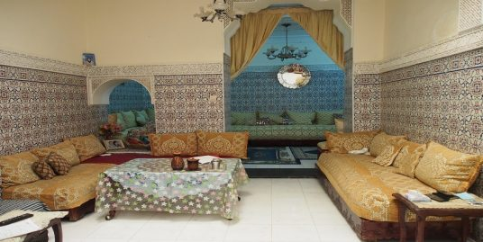 Petite maison à vendre dans la Médina