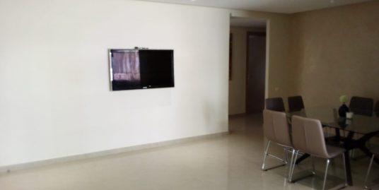 Appartement spacieux dans un bon quartier à vendre