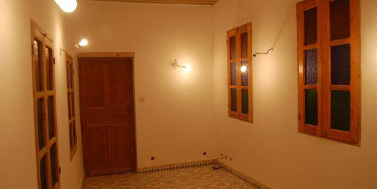 Mesrya avec un petit appartement à vendre