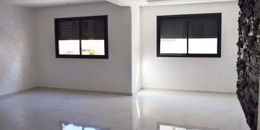 RDC+ le 1er étage+ le 2éme étage a vendre