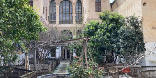 palais a louer Avec jardin